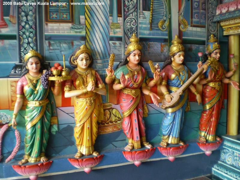 http://www.malaxi.com/kuala_lumpur/images/batu_caves06.jpg