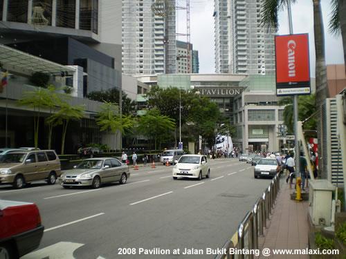 Roads in Kuala Lumpur shops